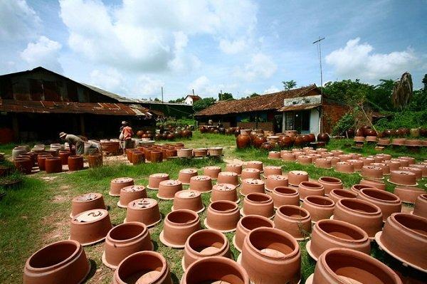Mô hình mở xưởng sản xuất Gốm trên 100 năm, hàng xuất bán đi khắp cả nước