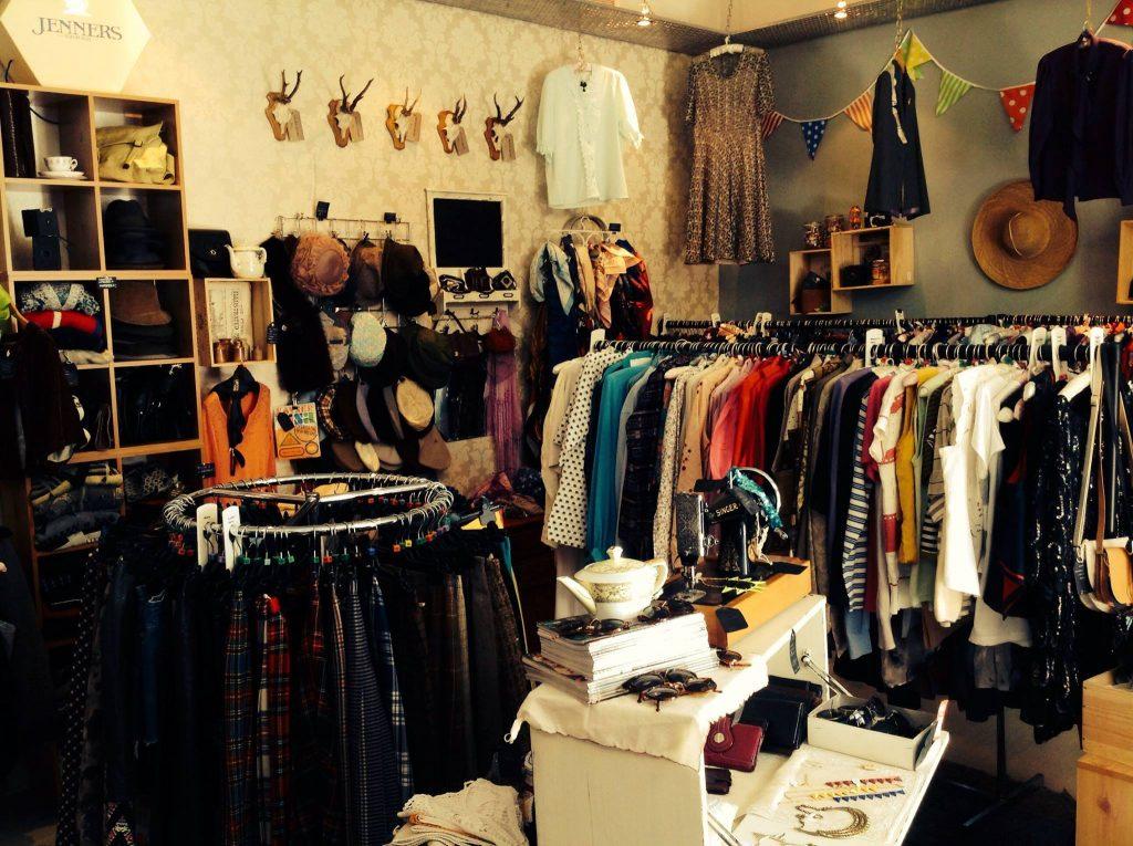 Ý tưởng kiếm tiền với quần áo đã qua sử dụng, khách hàng ngày càng thích