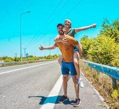 Ý tưởng đi du lịch 13 quốc gia, nhưng chỉ mất 700k 1 ngày của 2 bạn trẻ