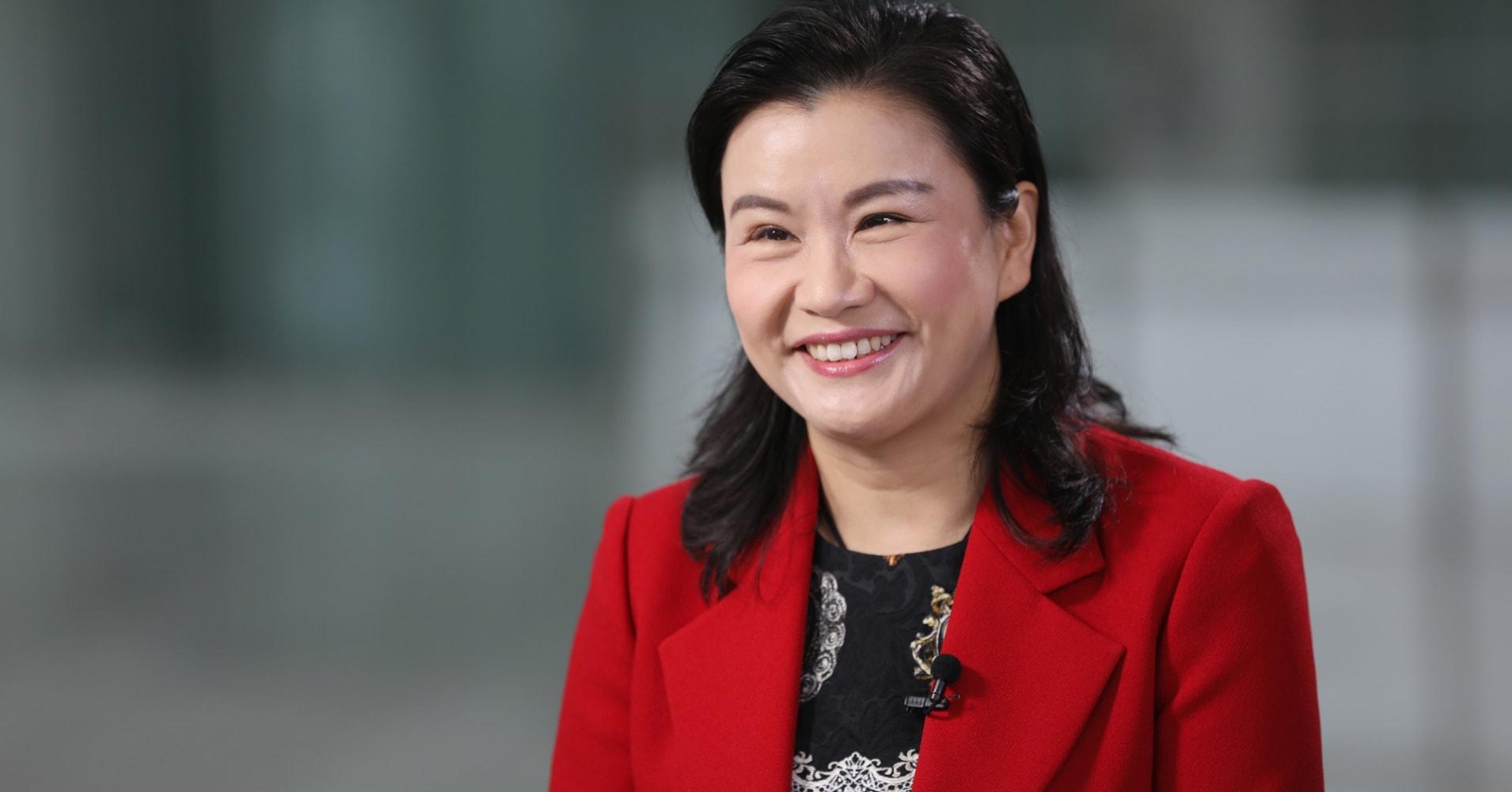 3 Ý tưởng kinh nghiệm khởi nghiệp của Nữ tỷ phú tự làm giàu nhất thế giới