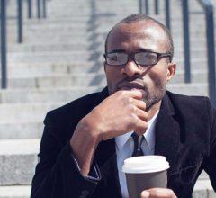 8 Ý tưởng sống tiêu cực cần loại bỏ để giàu nhanh hơn