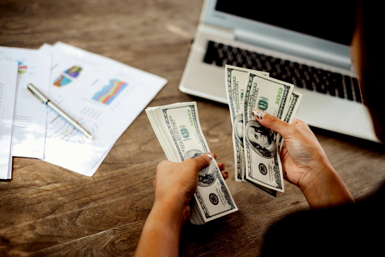 Ý tưởng Những nghề kiếm nhiều tiền nhất ở Việt Nam