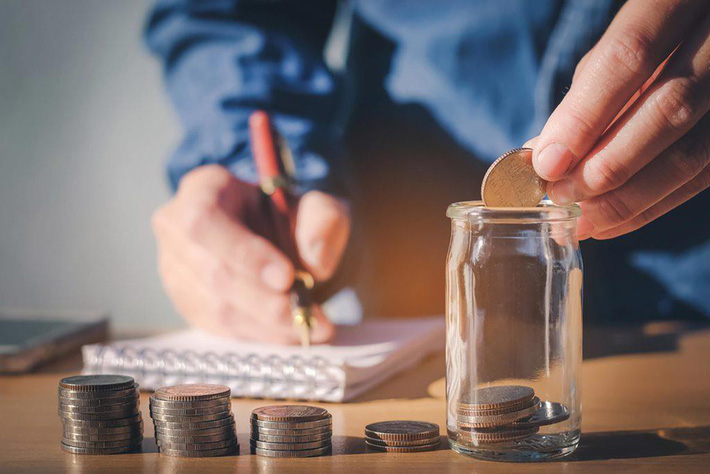 Mỗi ngày nên tiết kiệm bao nhiêu tiền (cách cất tiền tiết kiệm) là đủ?