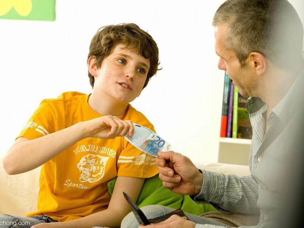 Cách (làm thế nào) để xin tiền mẹ khéo tế nhị