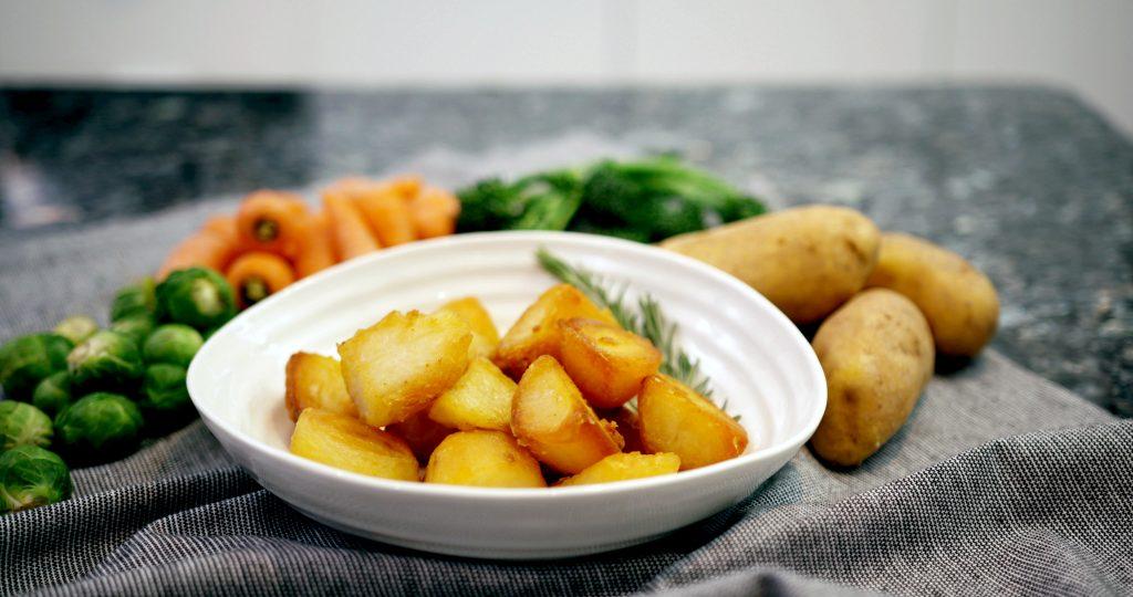 Nấu ăn dùng Khoai Tây xào với Tỏi có tạo nên chất độc hay không