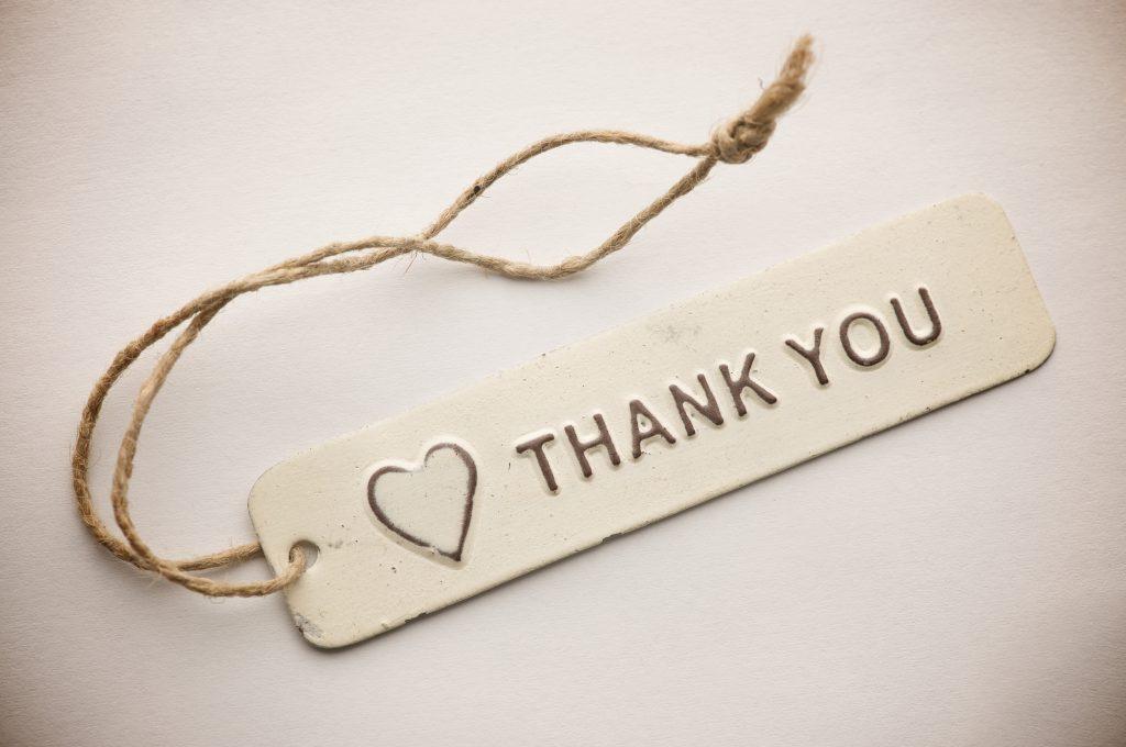 Stt những câu nói hay khi được nhận quà (và cách cảm ơn)