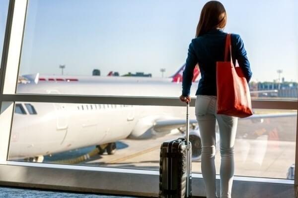Nằm mơ đi nước ngoài làm việc là báo hiệu cho điềm gì