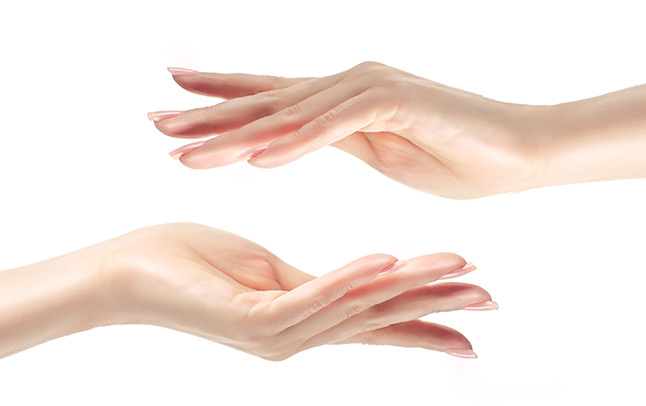 Người có da tay đẹp hơn da mặt theo nhân tướng học có số phận thế nào
