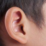 Có cần nắn tai cho trẻ sơ sinh để tai bé vểnh ra như lời đồn